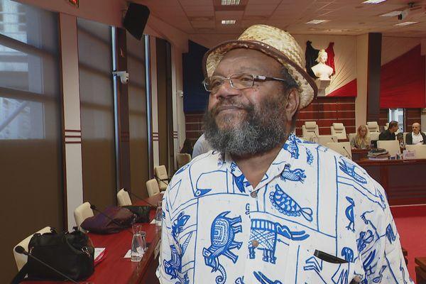Victor Tutugoro, président de l'UPM, Union progressiste en Mélanésie, en 2020 au Congrès