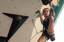 La Réunionnaise Oriane Bertone décroche un nouveau titre de championne du monde d'escalade en Italie.