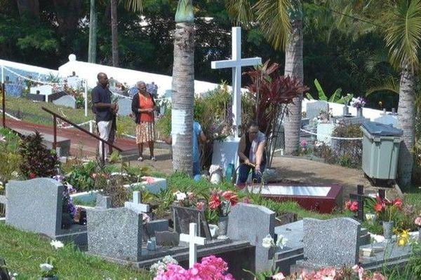 toussaint dans les cimetières 011119