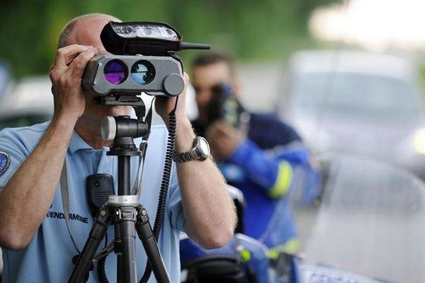Contrôle vitesse gendarmerie