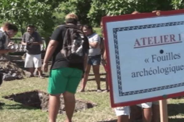 Fouilles archéologiques au marae Tainu'u