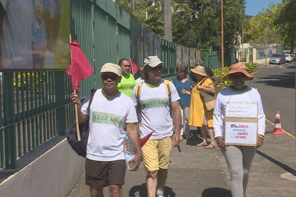 Des éleveurs de La Réunion achèvent une marche de 150 km pour une agriculture saine.