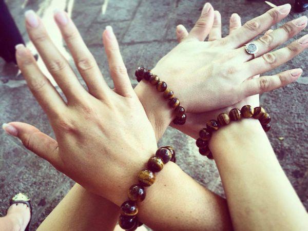 Hinarere Miss World - J7 - Bracelets de l'amitié