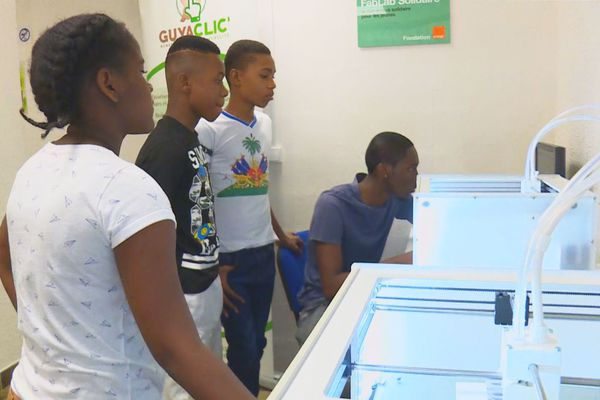 Kourou : inauguration du 1er FAB LAB solidaire en Guyane