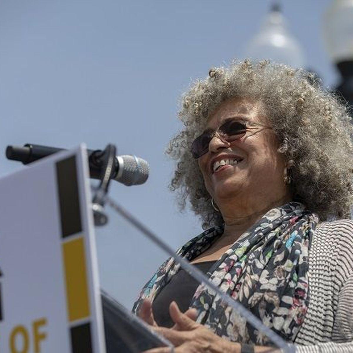 Archives d'Outre-mer : 75 ans de combat féministe aux Antilles