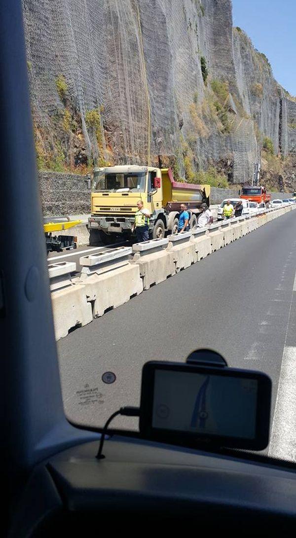 camion panne canal bichique