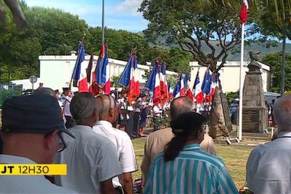 Commémoration 8 mai 1945 à Sainte-Clotilde en présence du préfet de la Réunion