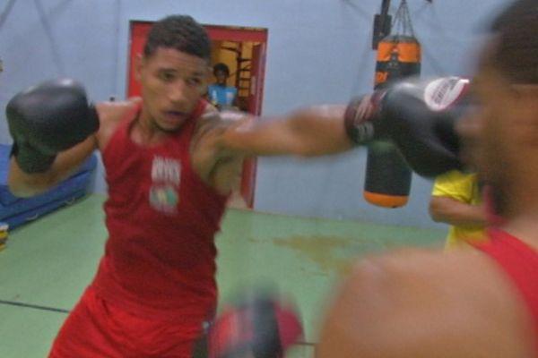 Léonardo Mosquea boxeur guyanais