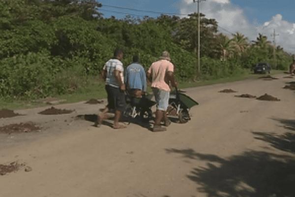 rebouchage des routes à l'ancienne