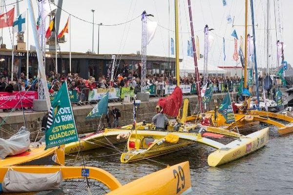 Route du rhum bateaux à quai - St Malo