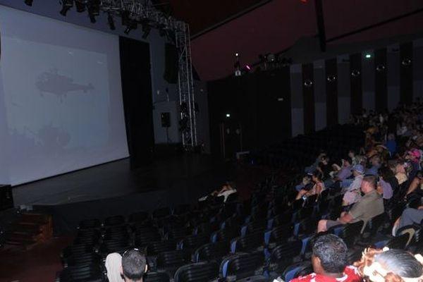 public FIFO pendant les projections