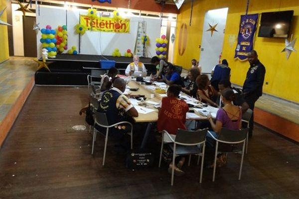 Le centre d'appel Téléthon à Guyane 1ère