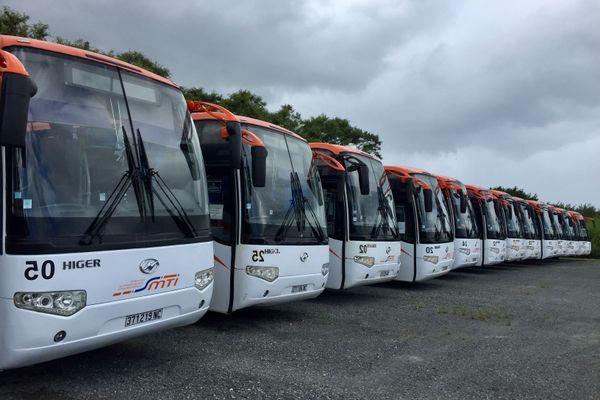 Bus. Car. SMTI Raï