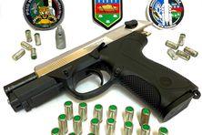 L'arme et les munitions saisies par les gendarmes de Kourou