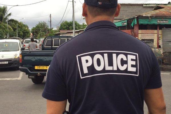 Descente de police à Paraita