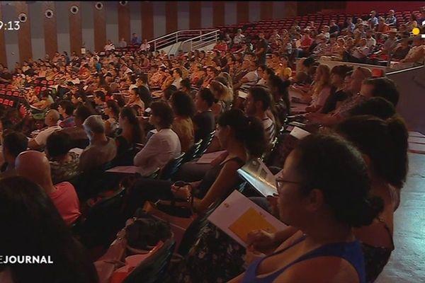 350 cadres du service public réunis en congrès