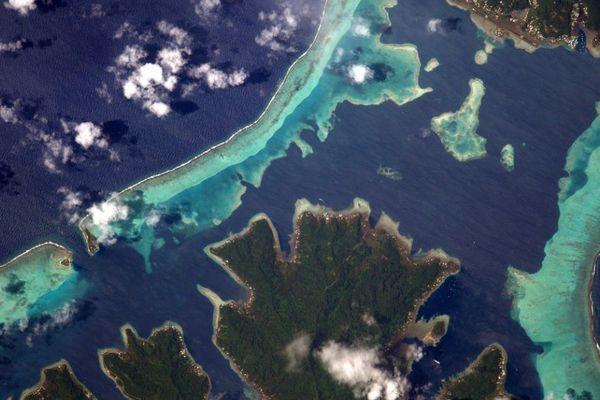 Photo Tahaa et Raiatea depuis l'espace