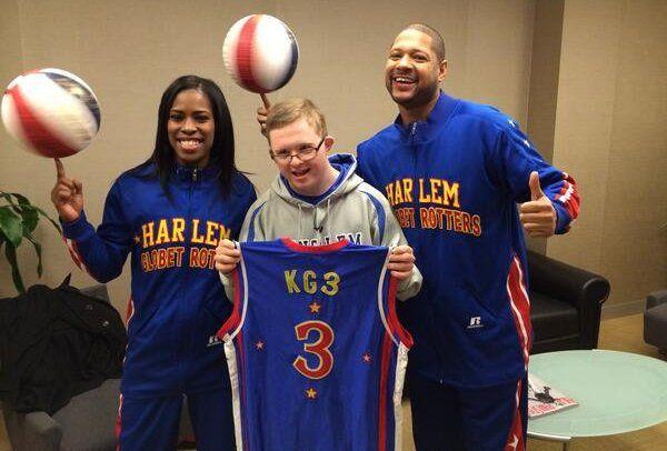 Kevin basket jeune trisomique américain