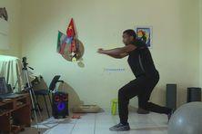 Youri Rotin a aménagé son intérieur pour la pratique de ces cours de Bèlè Fitness.