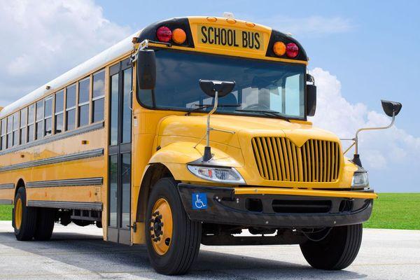 bus scolaire saint-martin