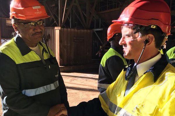 Manuel Valls à l'usine Doniambo de la SLN (290416)
