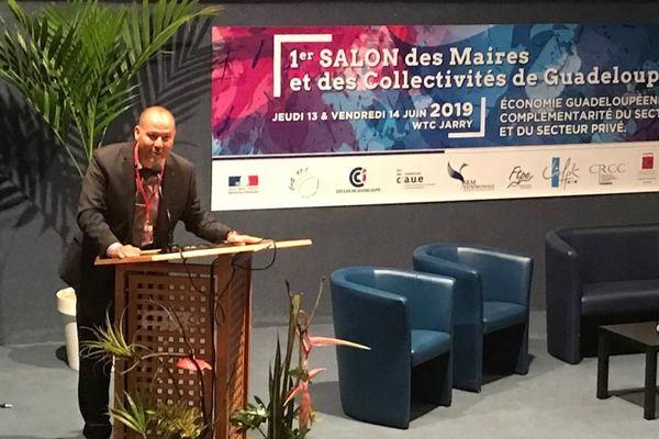 Jean-Claude Pioche lance le salon des maires et des collectivités