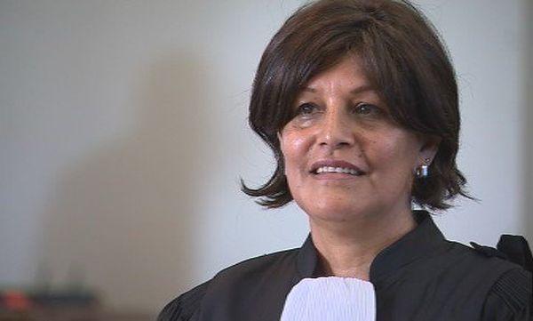 Capture Nadine serment avocate (1 mai 2017)