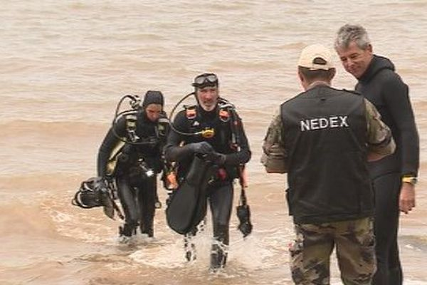 Capture plongeurs Nedex déminage obus plage Leko Vallon-Dore (18 mai 2017)