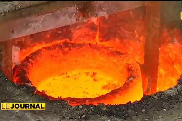 Fonte du bronze artisanal à la Presqu'île