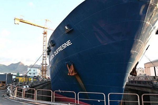 marion dufresne escale technique chantier naval Maurice 081120