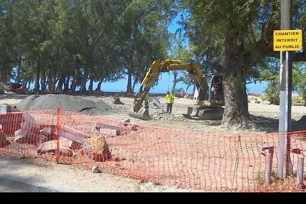 Abandon travaux parking plage de l'Hermitage à Saint-Gilles-les-Bains 031219