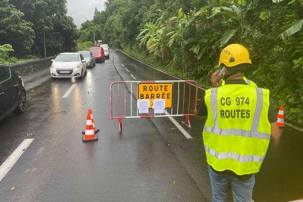route de salazie eboulement mauvais temps 290421
