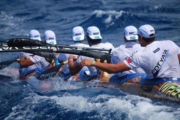 Molokai Hoe : les rameurs d'EDT justifient le choix Red Bull
