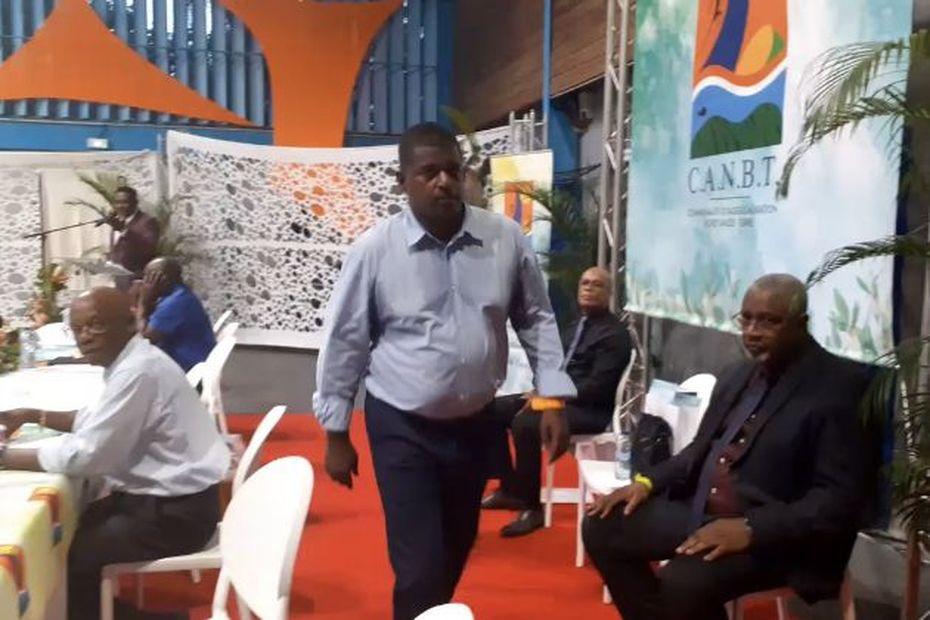 Guy Losbar, nouveau Président de la Communauté d'Agglomération du Nord Basse-Terre - Guadeloupe la 1ère