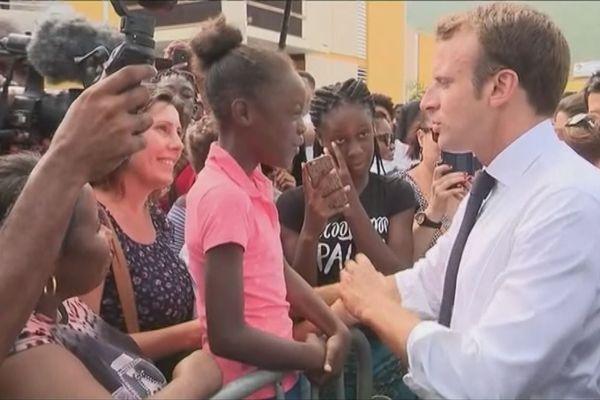 Emmanuel Macron et la jeunesse Saint-martinoise