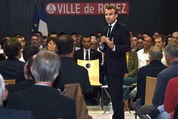 Emmanuel Macron à Rodez défend son bilan environnemental