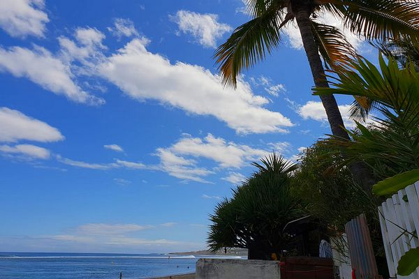 Ciel bleu sur Saint-Leu 27 août 2021