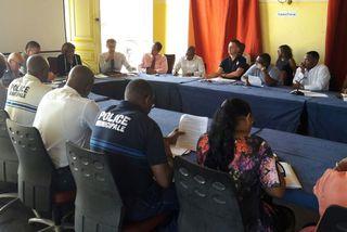 La maire de Cayenne annonce la mise en place du couvre feu