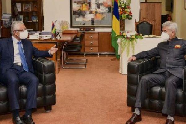 Pravind Jugnauth, Premier ministre de l'île Maurice et Subrahmaniam Jaishankar, ministre des Affaires étrangères de l'Inde