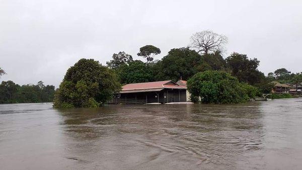 Le centre de santé de Camopi sous les eaux