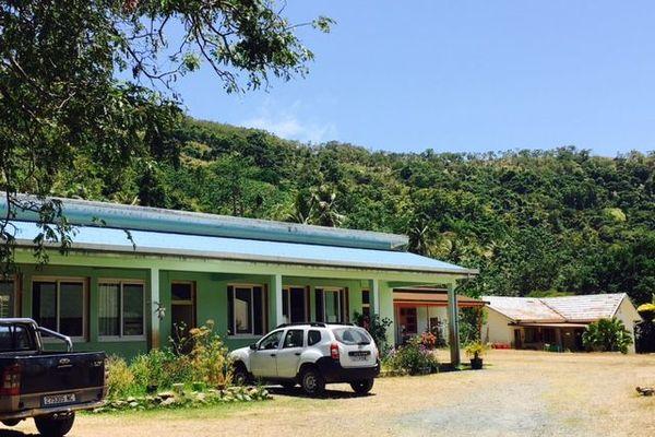 Fermeture école Ponérihouen