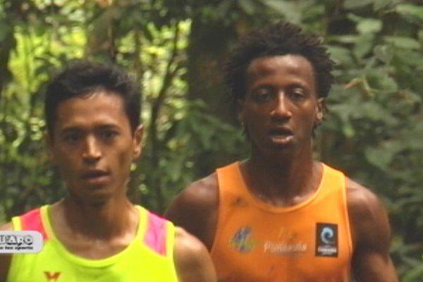 Cédric Wane et Samuel Aragawa, respectivement 1er et 2ème du cross Loto / La Dépêche