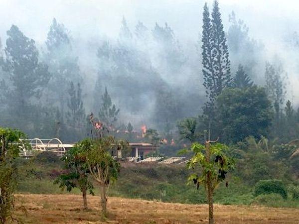 Incendie de Mouirange, exploitation agricole et flammes (11 janvier 2018)