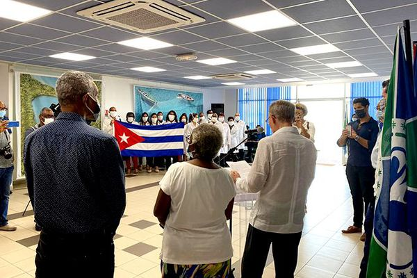 Médecins de Cuba
