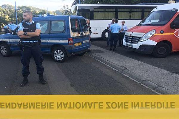 Gendarmes, pompiers