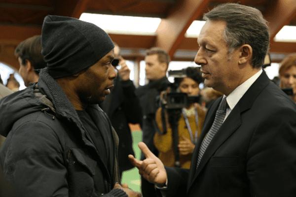 Le secrétaire d'Etat aux Sports, Thierry Braillard, et l'ex-footballeur antillais Sylvain Wiltord (éliminé de Dropped quelques jours avant le drame)