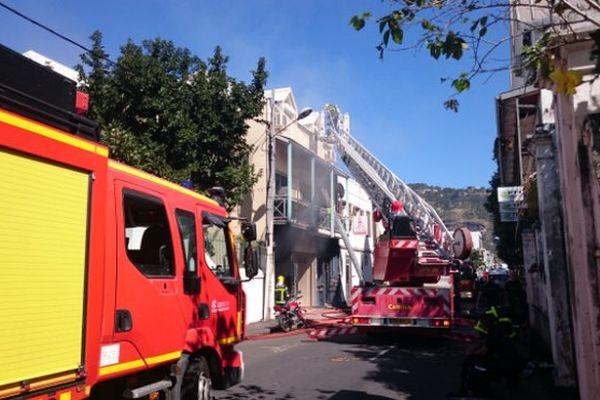 Renforts à Saint-Denis pour incendie