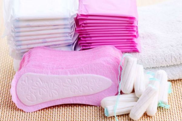 protections périodiques (serviettes, tampons)