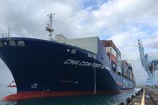 CMA CGM Fort de France, porte-conteneurs de 38.000 tonnes.