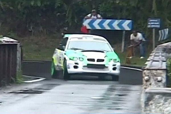 Tour auto 2013 - voiture de course